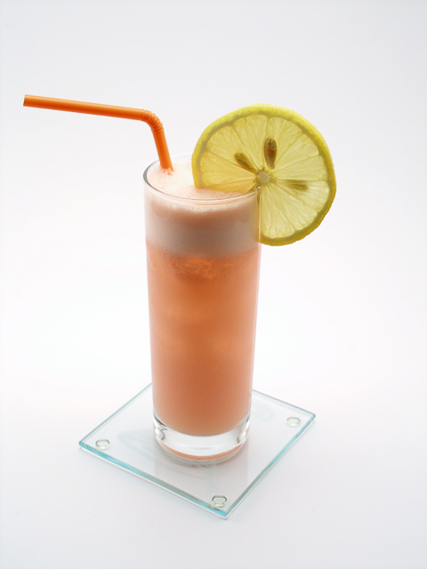 Peach Blow Fizz – Science Of Drink