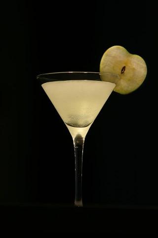 The Sour Green Apple Martini (Коктейль Яблочный Мартини)