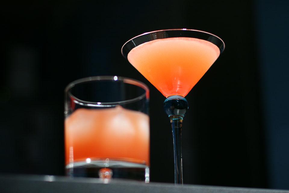 The Monkey Gland Cocktail (Коктейль Железа Обезьяны)