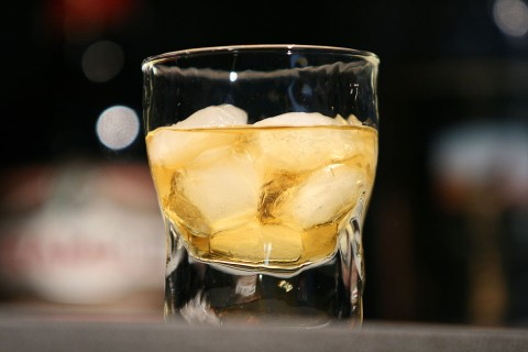 The Rusty Nail Cocktail (Коктейль Ржавый Гвоздь)