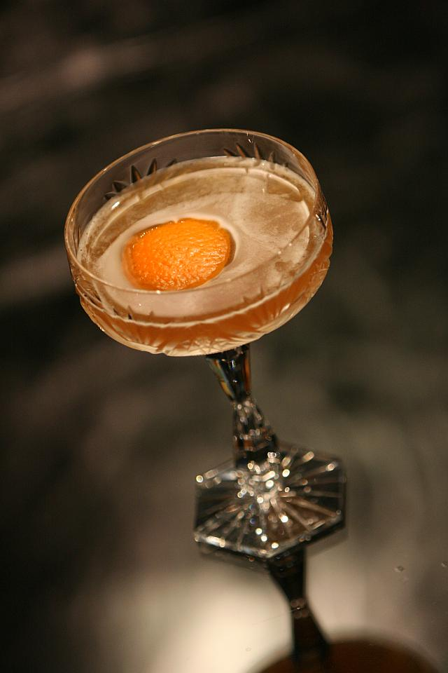 The Blood and Sand Cocktail in a vintage crystal glass (Коктейль Кровь и песок в винтажном хрустальном бокале)