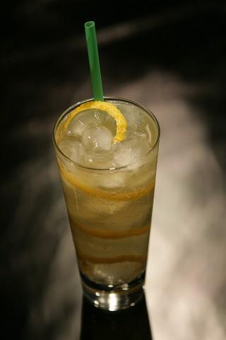The Dancing Leprechaun Cocktail (Коктейль Танцующий Леприкон)