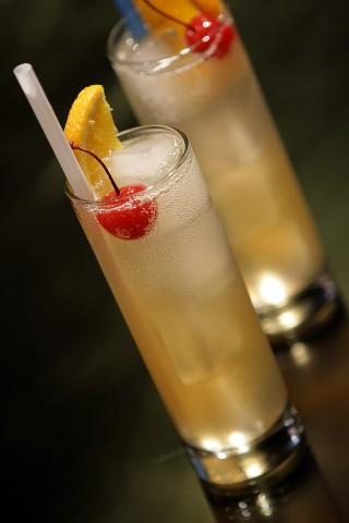 The John Collins drink (Коктейль Джон Коллинз)