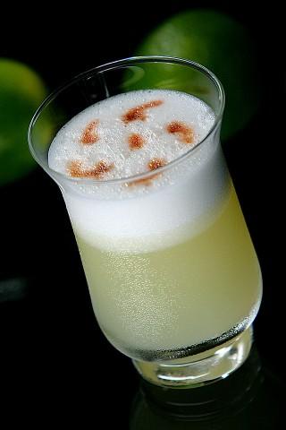 The Pisco Sour Cocktail (Коктейль  Писко Сауэр)
