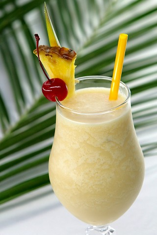 The Pina Colada Cocktail in colada-glass (Коктейль Пинья Колада в бокале колада)