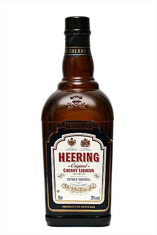 Бутылка Черри Хиринг