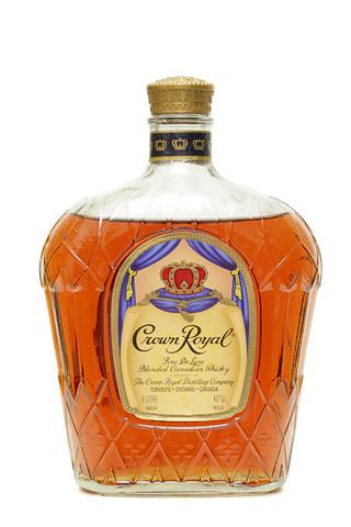 Бутылка Кроун Роял