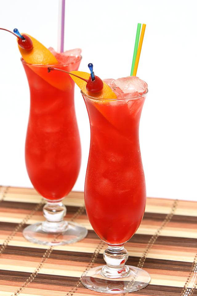 Two Hurricane Cocktails | ScienceOfDrink.com