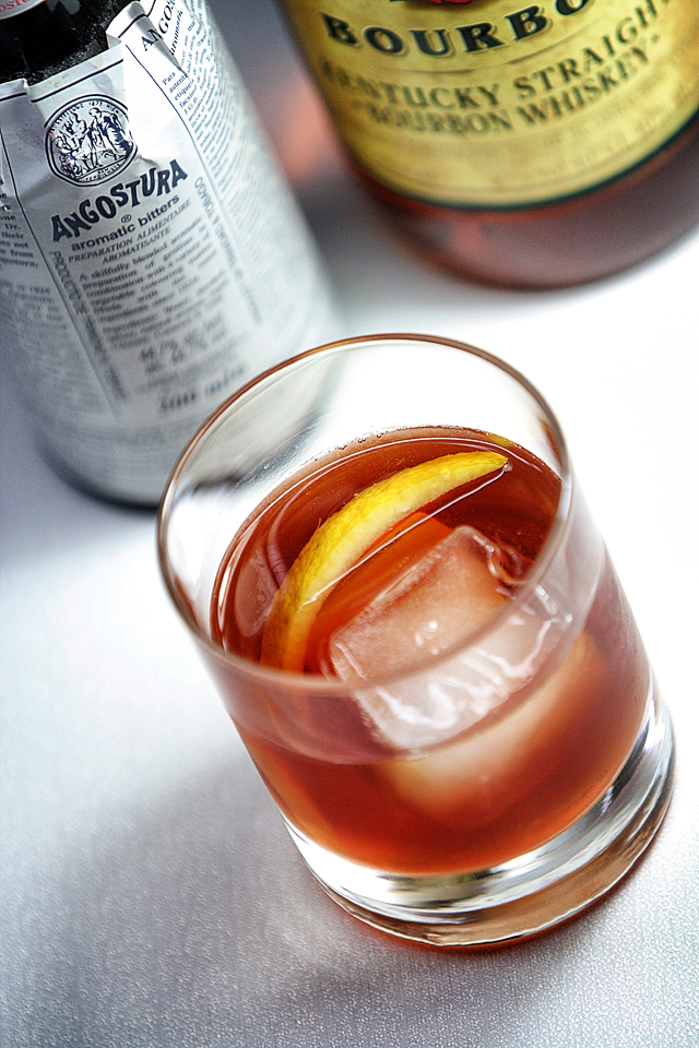 Old-Fashioned Cocktail | ScienceOfDrink.com