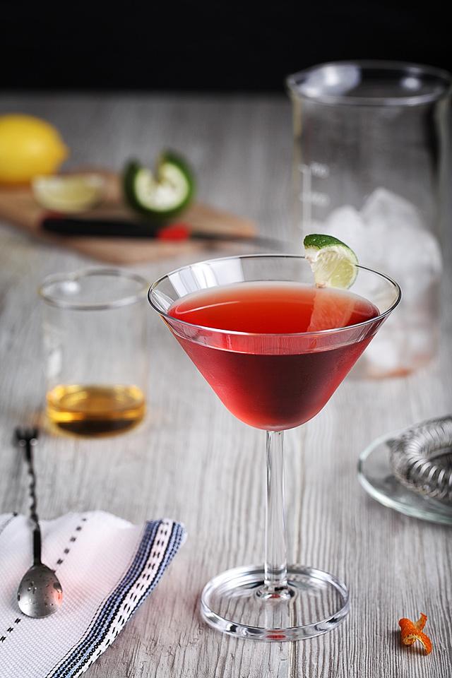 The Crimson Slippers Cocktail | ScienceOfDrink.com