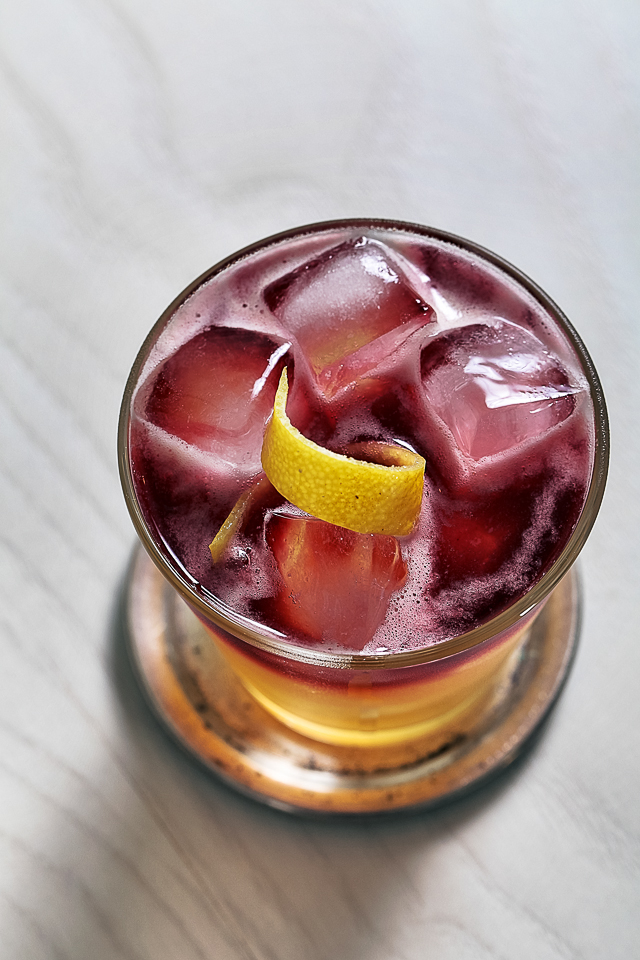 Gorgeous New York Sour Cocktail | ScienceOfDrink.com