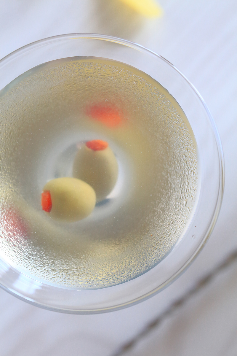 Dirty Martini | ScienceOfDrink.com
