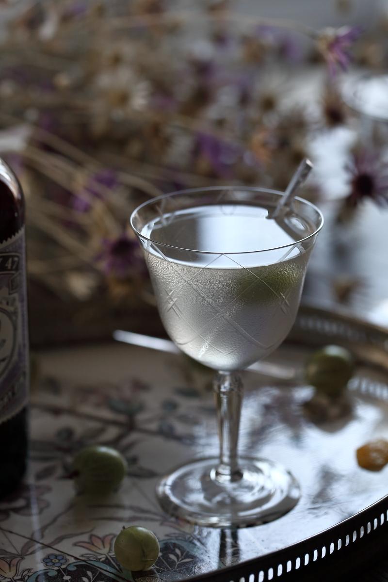 A Monkey Martini Perfect Serve | ScienceOfDrink.com