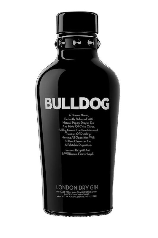 Бутылка джина Бульдог