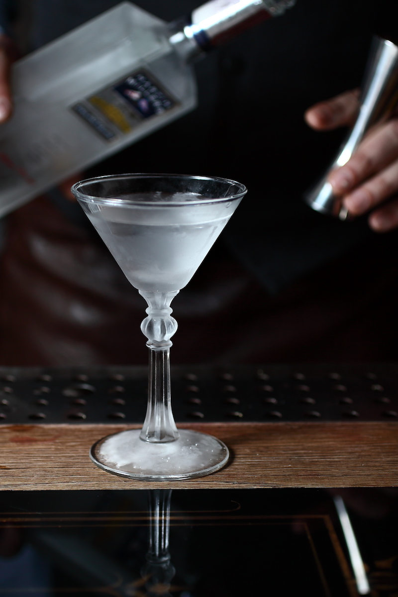 A Superb Martini Cocktail | ScienceOfDrink.com