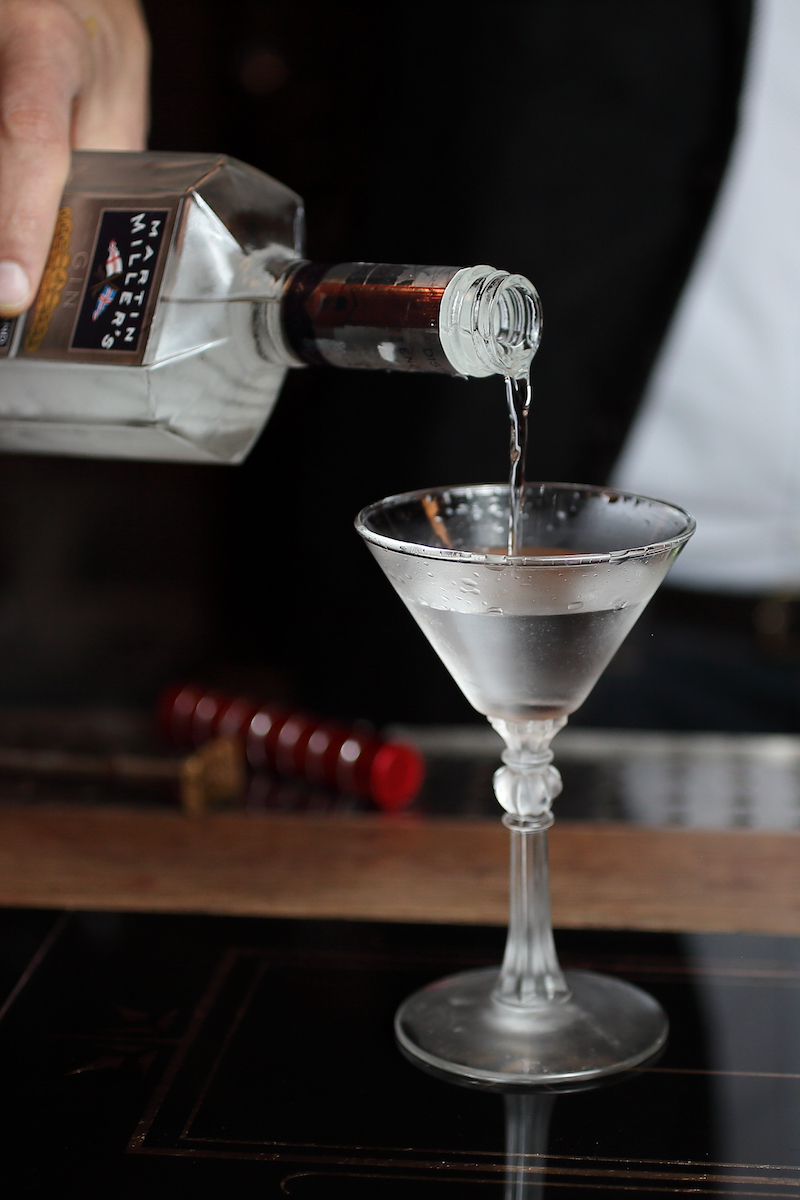 The Naked Martini Cocktail | ScienceOfDrink.com